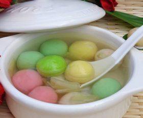 Cách nấu chè xôi nước ngũ sắc ngon hấp dẫn ngày xuân